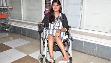 Photo of En fauteuil roulant, Jaya Chekori veut montrer que rien n'est impossible