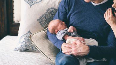 Photo of La paternité tardive comporte des risques pour la mère et l'enfant à naître