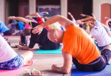 Photo of Une étude confirme les bienfaits du yoga pour soigner les douleur au dos et les troubles du sommeil