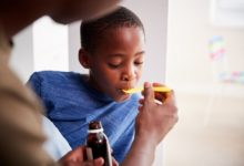 trop-antibiotiques-mauvais-sante-enfants