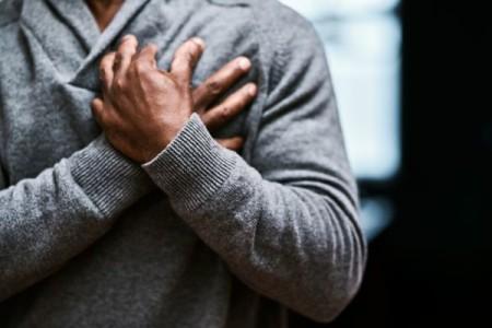 Une famille d'antibiotiques fréquemment prescrite pourrait être à l'origine de maladies cardiovasculaires