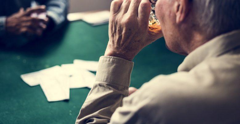 Sexe, casino, voitures de luxe: la face sombre du traitement de Parkinson
